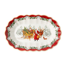 Load image into Gallery viewer, Toy's Fantasy Bowl oval lg., Santa with sleigh (Only Available in Lebanon)