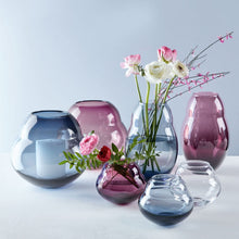 Load image into Gallery viewer, Jolie Bleue vase 20cm
