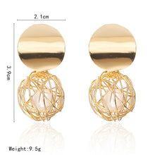 Load image into Gallery viewer, Golden Round Ball Geometric Earrings