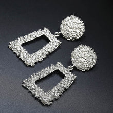 Load image into Gallery viewer, European Design Drop Earrings