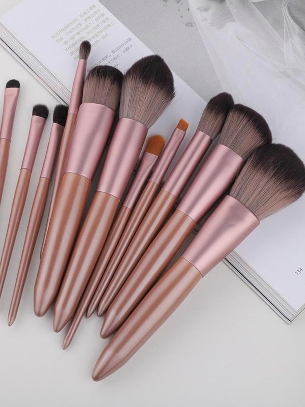 Wood Handle Makeup Brush Set - The Magic Glow Co.