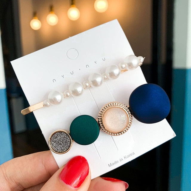 Pearls Acetate Geometric Hair Clips - The Magic Glow Co.