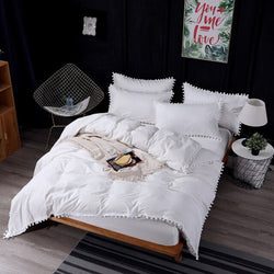 Pom Ball Fringe Bedding Set - The Magic Glow Co.