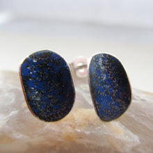 Load image into Gallery viewer, Blue flash of colour earring curved