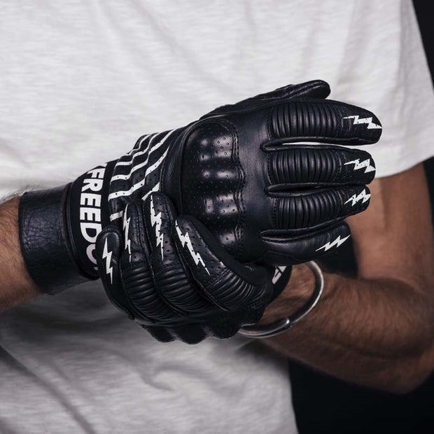 HOLY FREEDOM GLOVES IPNOTICO