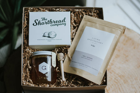 Image of Gift Box with tea, honey and shortbread cookies | Miller Box Co.