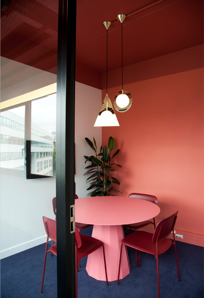 Crepuscule Offices - Paris, Designed by Karin Hemar, Image Credit - Pascaline Marre