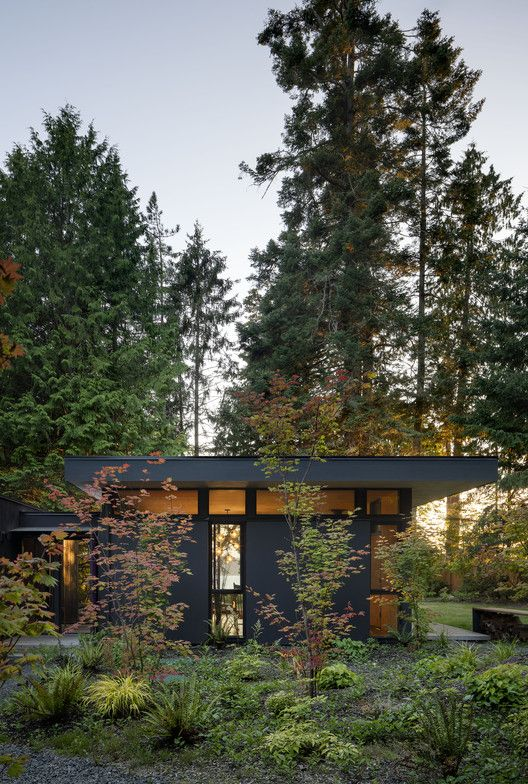 House in the Woods by Officina29 Architetti
