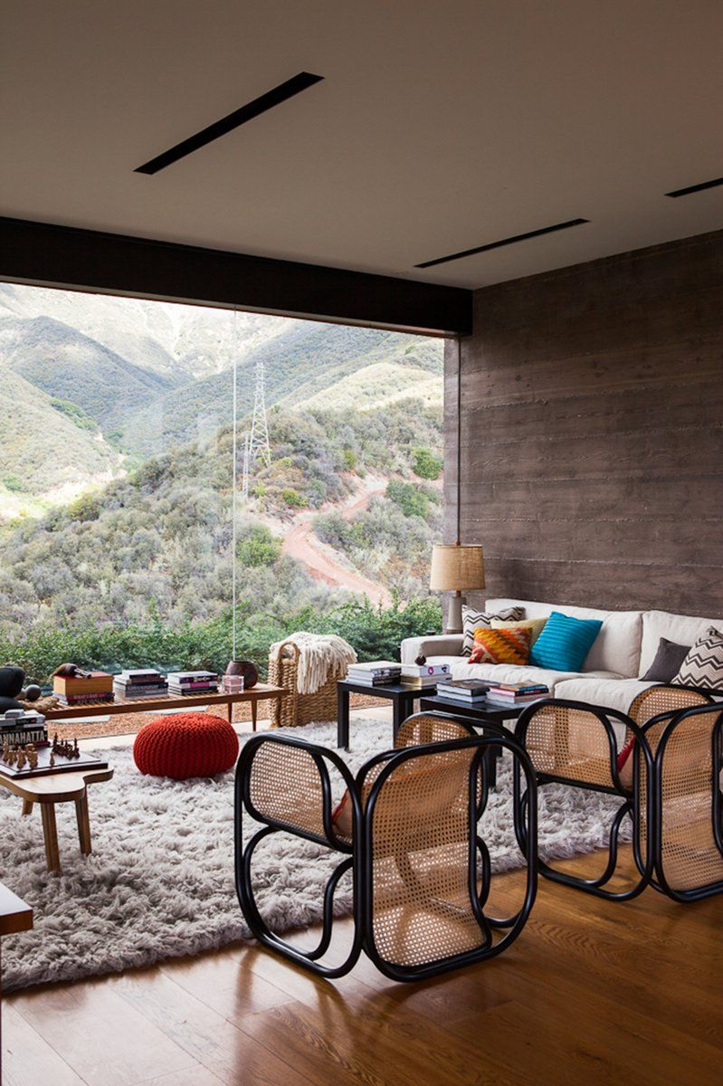 Toro Canyon House, Image Credit - © 1stdibs