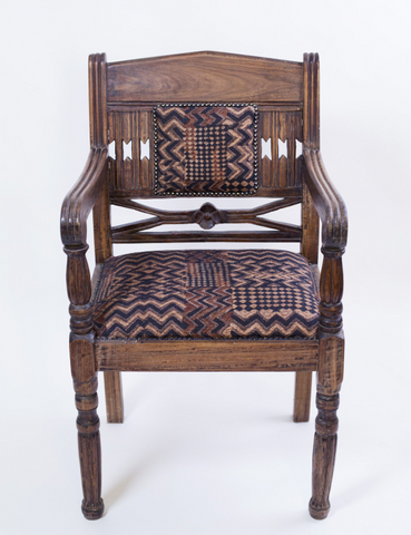 Antique Lamu Single Chair
