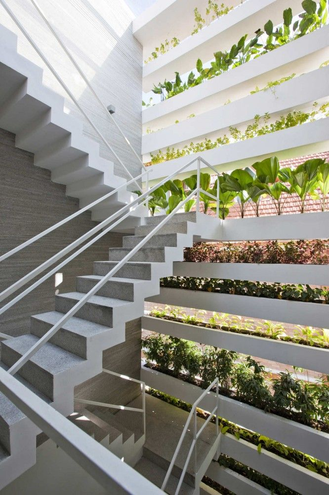 Stacking green designed by VTN Architects