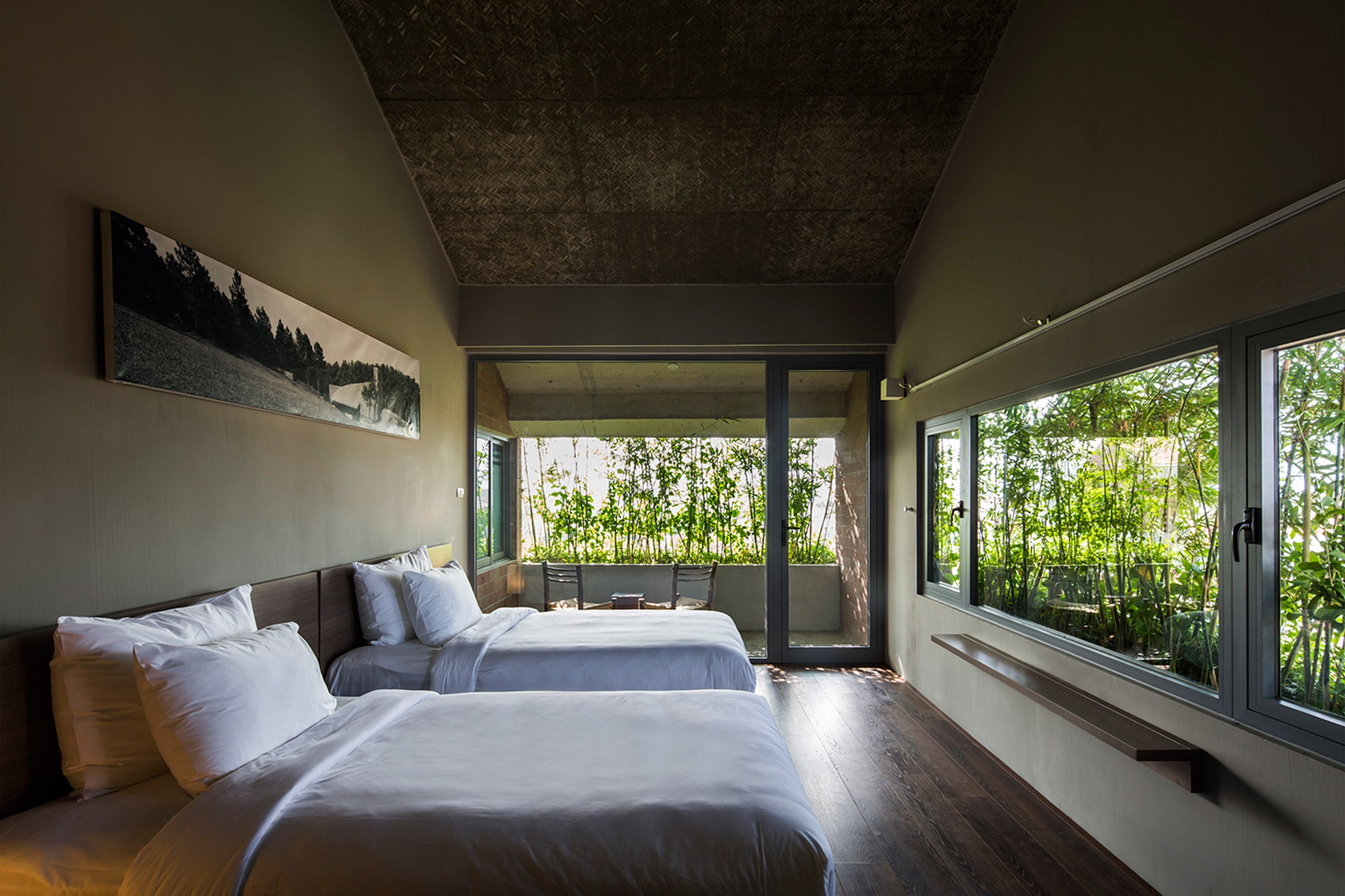 Hoi An Hotel by Vo Trong Nghia Architects (Image Credit)