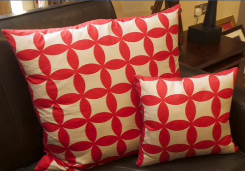 Petal Geometric Cushion