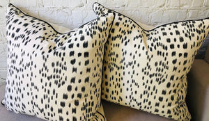 Black & White Linen Pillows (set of 2)