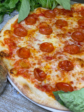 Load image into Gallery viewer, pepperoni pizza