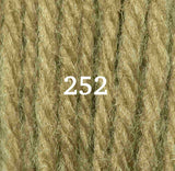 Appletons Crewel Wool 252 Grass Green