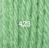 Appletons Crewel Wool 423 Leaf Green