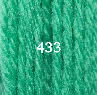 Appletons Crewel Wool 433 Signal Green