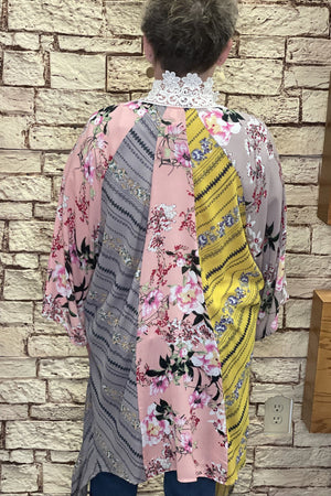 Kimono w/ Lace Neck OUTFIT COMPLETER K.Lane's Boutique