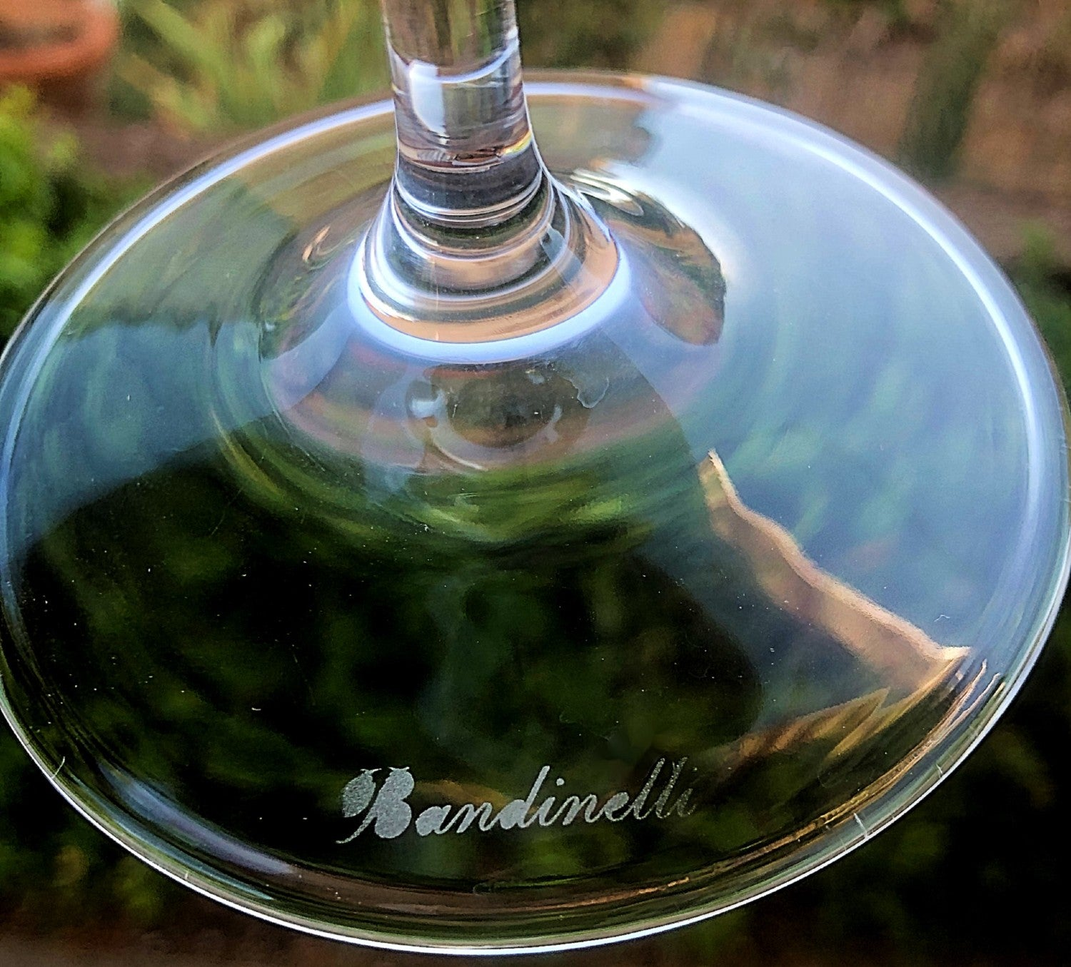 Brunello Wine Glass 3 Grapes - Hand Engraved Crystals