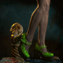 Load image into Gallery viewer, Bright green gothic shoes