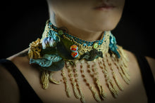 Load image into Gallery viewer, Victorian angel choker