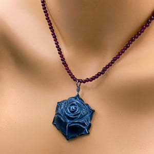 Feedback from Teresa's Garnet and Onyx Flower Necklace