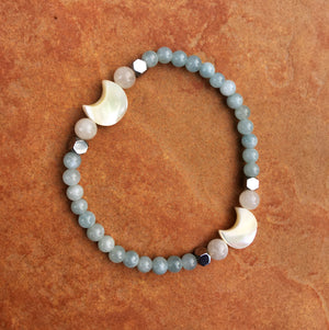 Women's Aquamarine, Hematite, Moonstone and Mother of Pearl Gemstone moon Bracelet