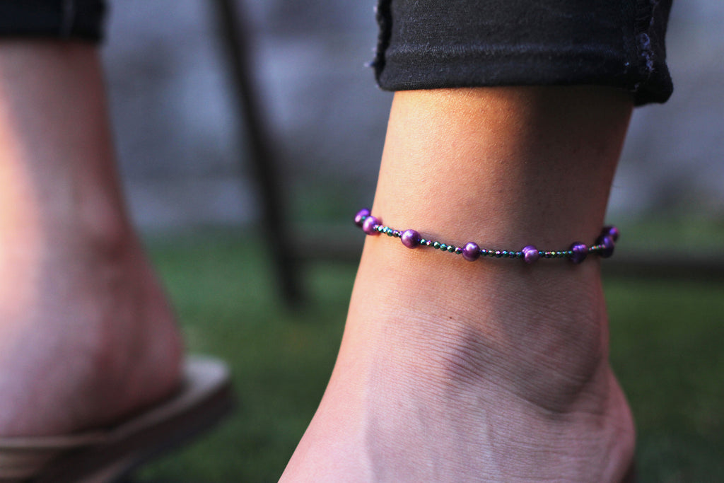 Women's Gemstone Anklet with Freshwater Pearls and Purple Hematite