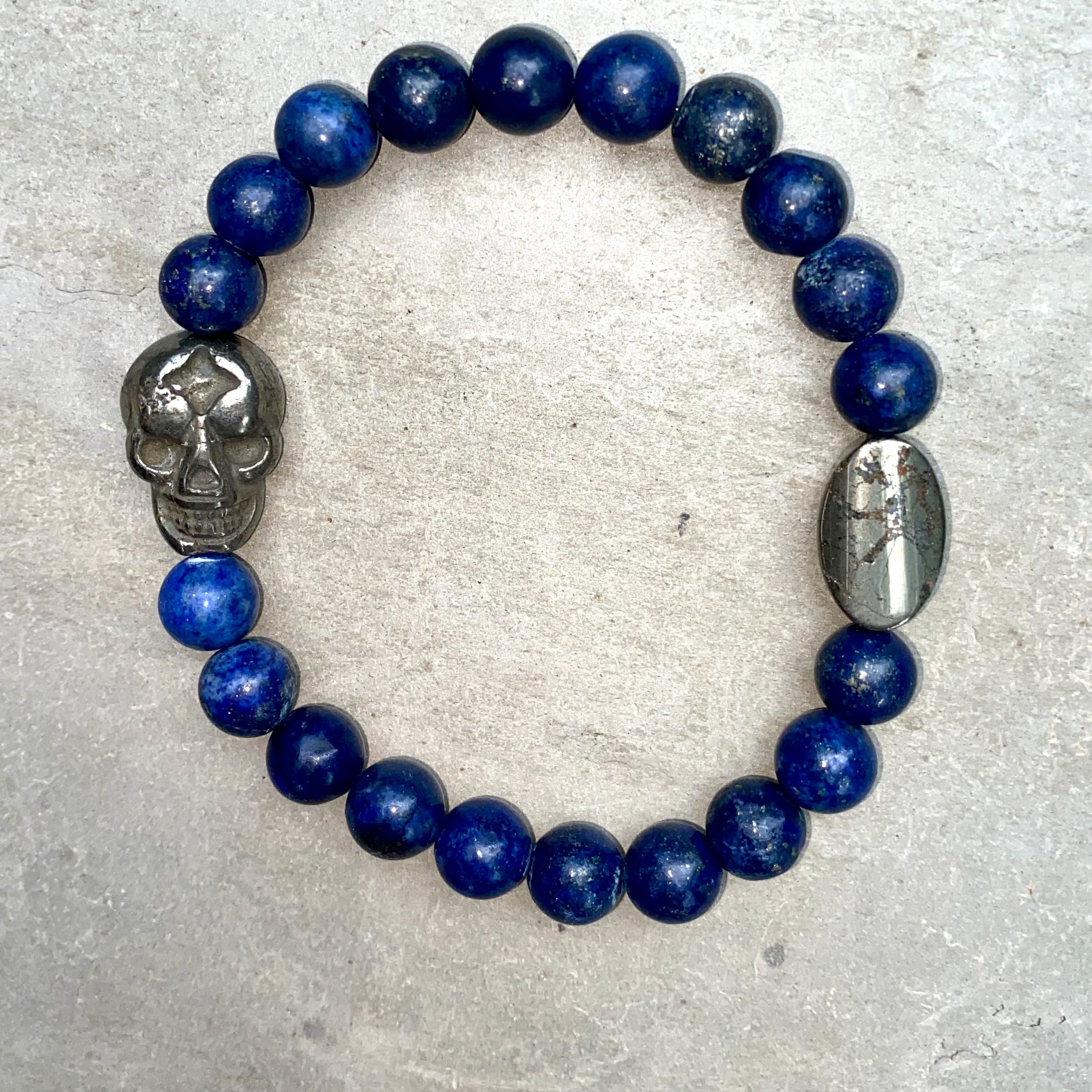 Pyrite Skulls with different Gemstones Men's Stretch bracelet