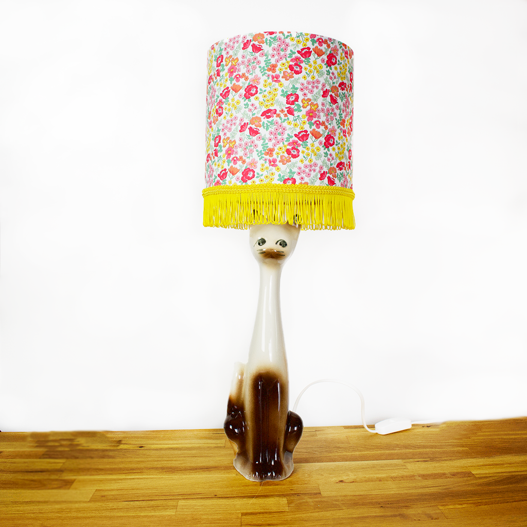 Kitschy Cat Lamp