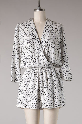 Printed Gauze 3/4 Sleeve Romper (White/Black) ONLINE EXCLUSIVE