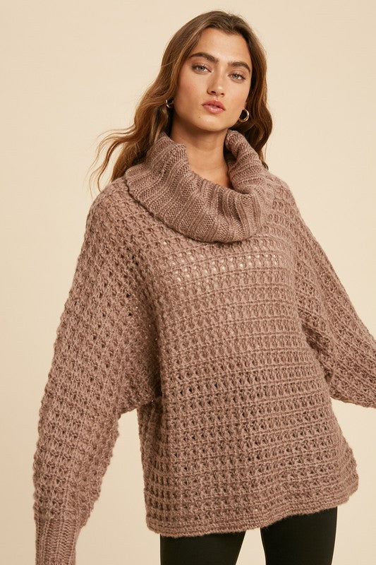 Wide Gauge Thick Boxy Turtleneck (Taupe)