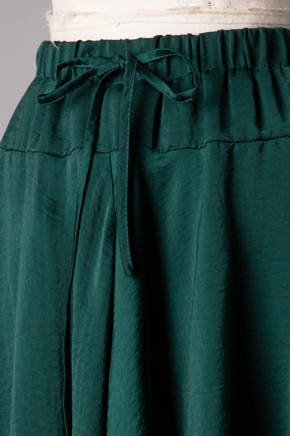 Satin Elastic Waist Shorts (Emerald)