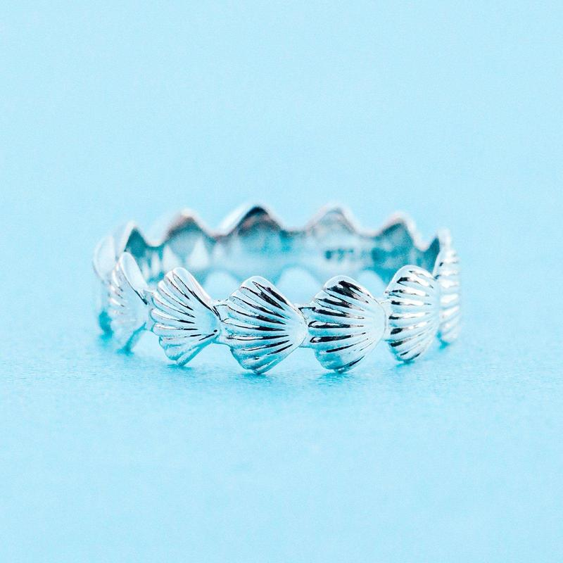 Clam Shell Band Ring (Silver)