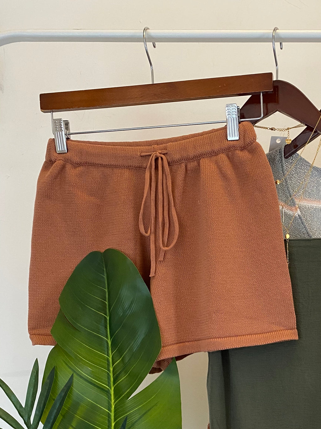Soft Ribbed Knit Short (Cinnamon)