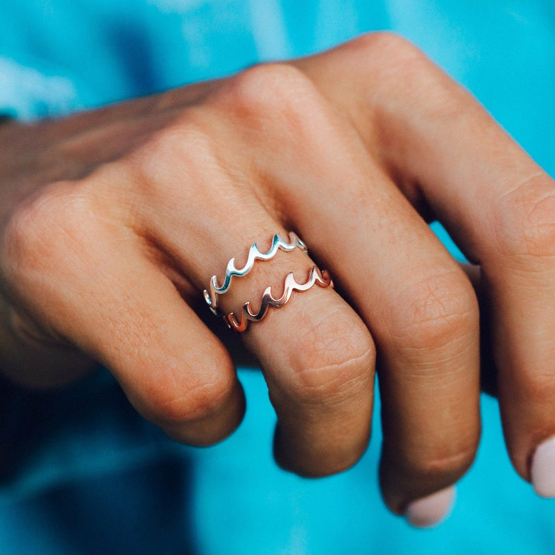 Wave Band Ring (Rose Gold)