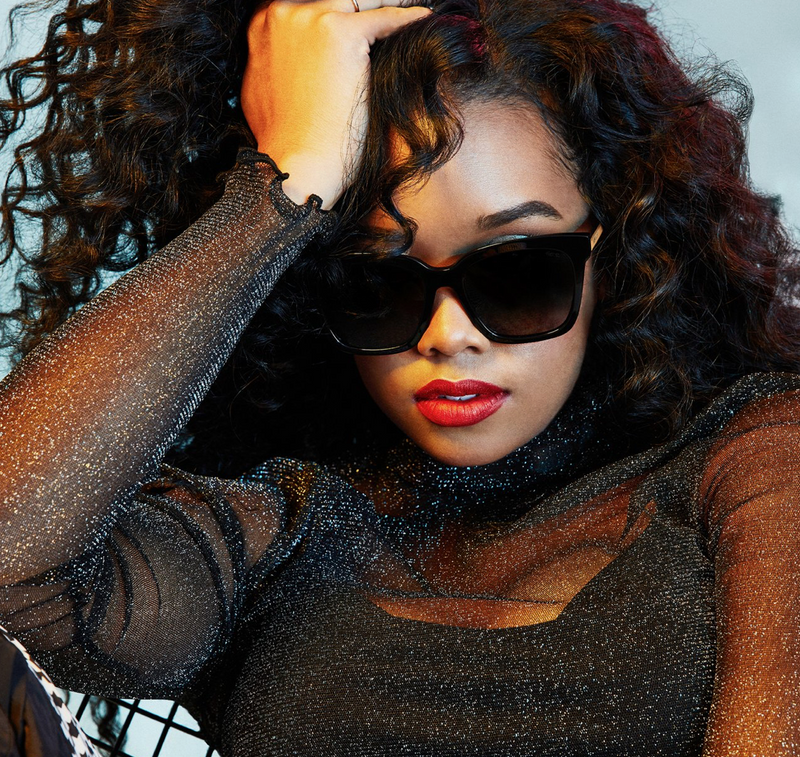 Bella H.E.R. Collab (Black w/ Gold Temples Grey)