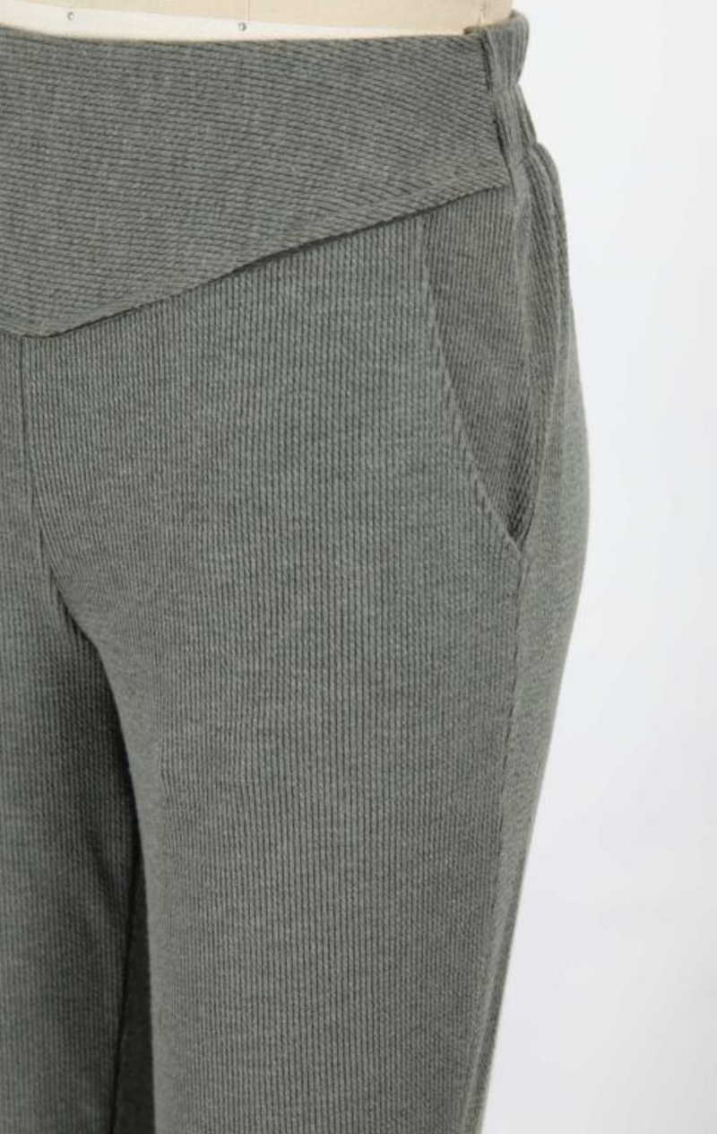 Wavy Ribbed Pull On Pant (Olive)