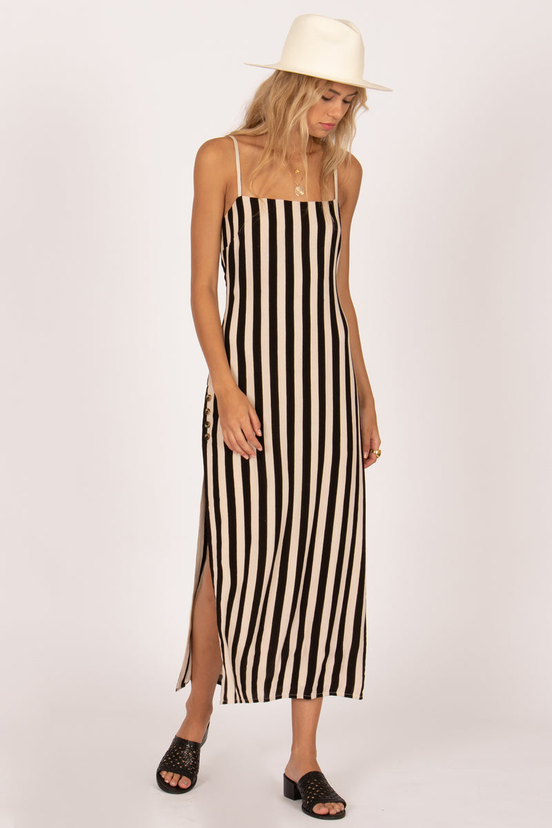 Hidden Cove Dress (BLK)