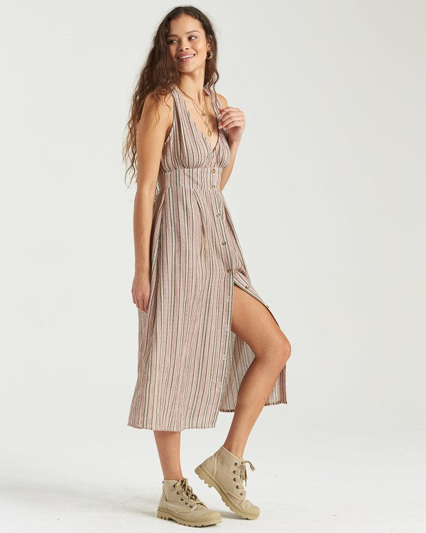 Hidden Coves Midi Dress (MUL)