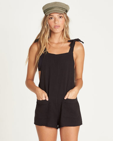 Girl On The Run Overall (BLK)