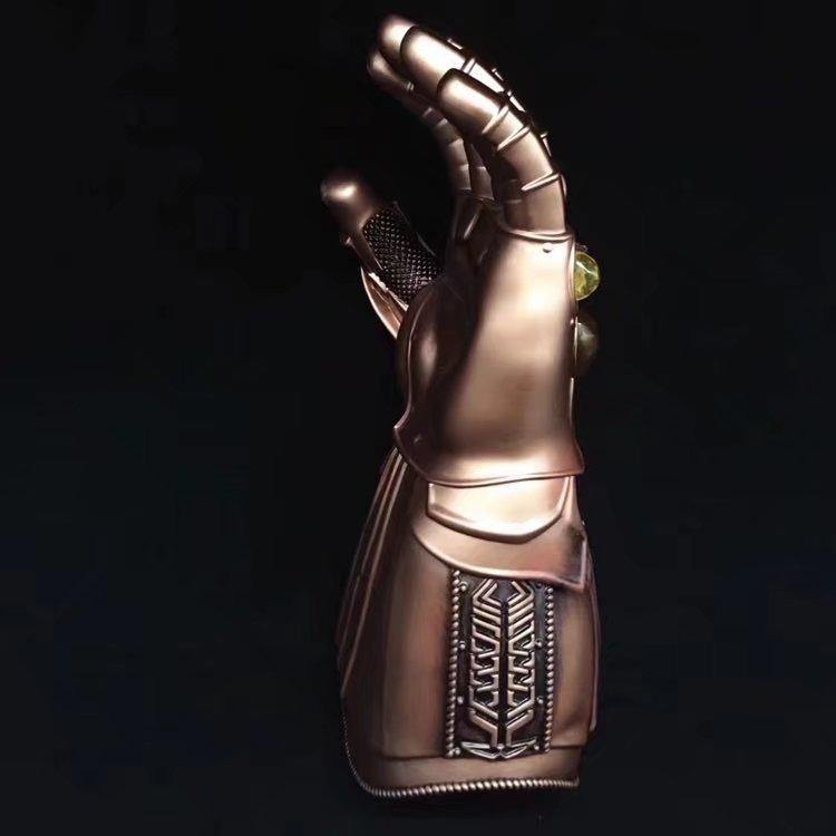 Manopla do infinito de THANOS