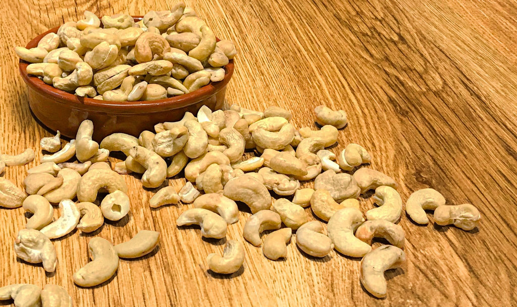 natural cashews raw cashew nut nuts whole foods wholefoods health foods vegan plant based vegetarian diet superfood