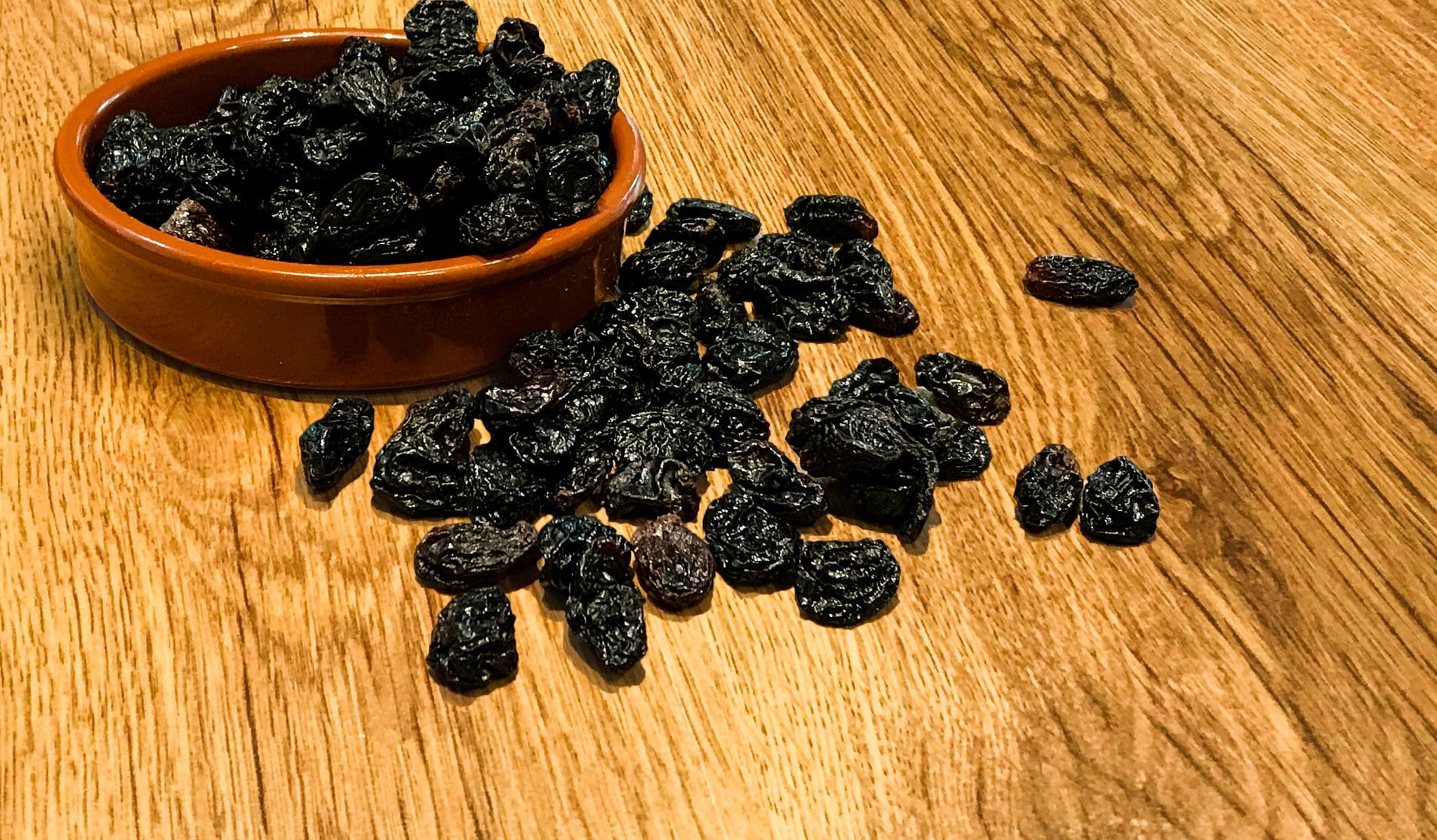 black flame jumbo raisin raisins dried fruit whole foods wholefoods health foods vegan plant based vegetarian diet superfood