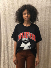 Load image into Gallery viewer, Leroyaume t-shirt streetwear INFLUENCER JIMI HENDRIX noir face porté femme
