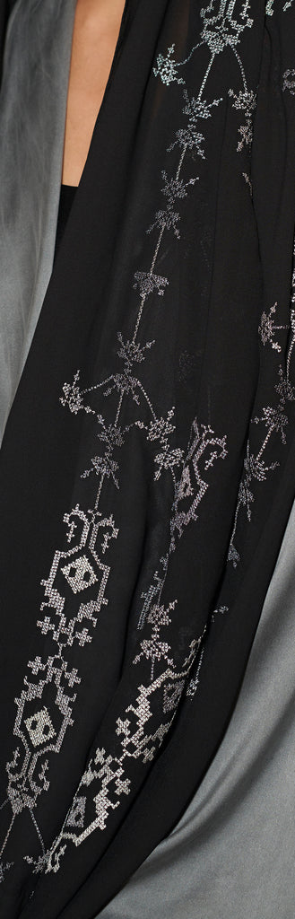 Gray shades embroidered shella