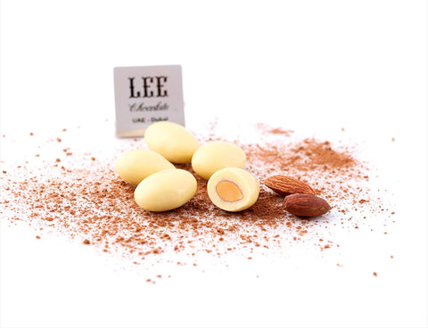 Dragee White Almond lee chocolate