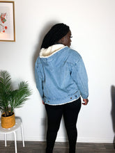 Load image into Gallery viewer, Classic Long-Sleeve Denim Hooded Jacket