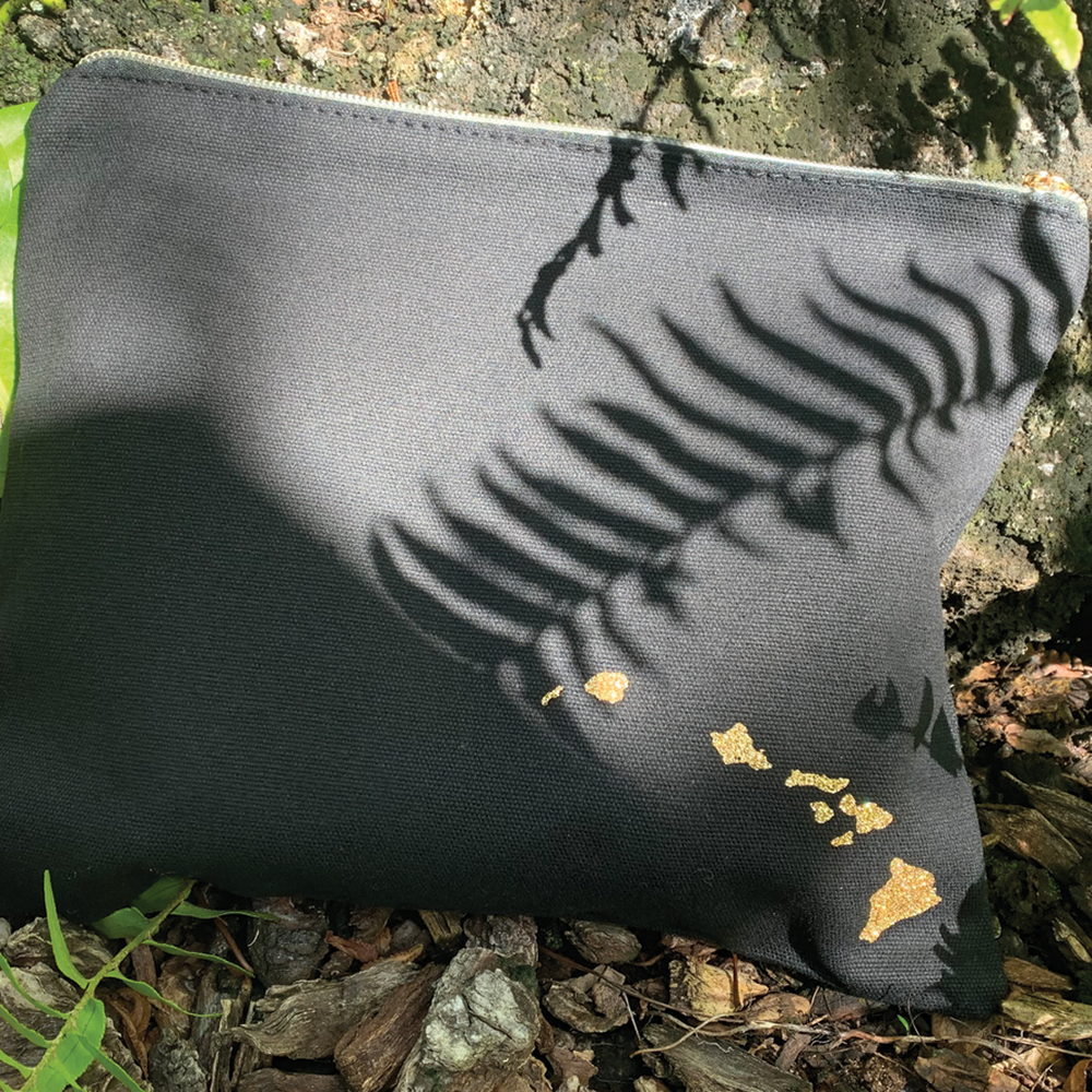 Mo'o Canvas Clutch